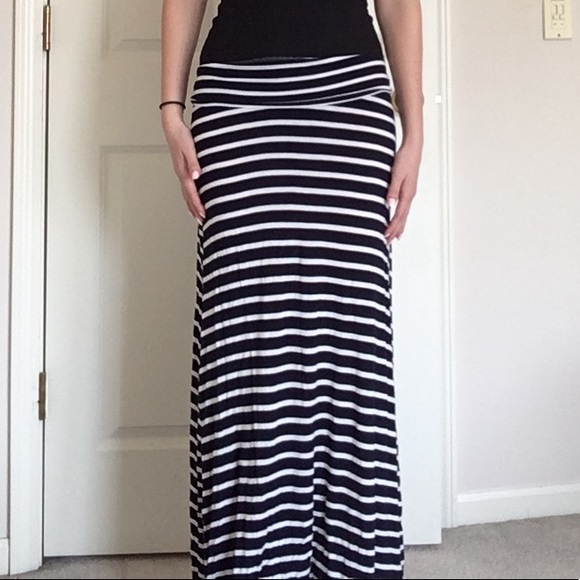 outlet high quality exclusive range Navy blue and white striped maxi skirt